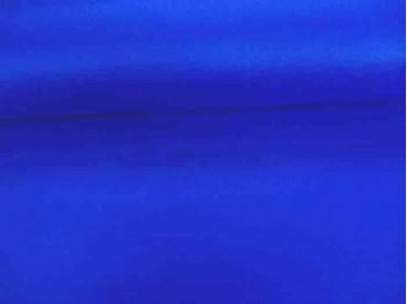 Een kobalt kleurige velours die rekt in de breedte. Polyester e.d 1.50 mtr. breed.