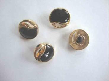 Marine/gouden kunststof knoop, opengewerkt. 18mm. doorsnee