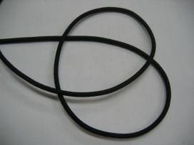 Koord elastiek zwart, ongeveer 3 mm dik. Een rol van 50 meter en de prijs is per rol.  Let op: meestal een levertijd van 3 tot 5