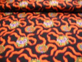8d Quiltkatoen Zwart met oranje krinkel en bloem 1029q