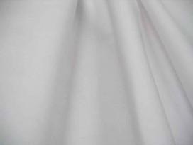 Cotton voile, een dunne, soepele offwhite katoen.  100% katoen  1.40 meter breed  70gr./m2
