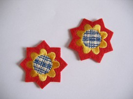9x O applicatie 2 Ster/bloem Rood/geel 902