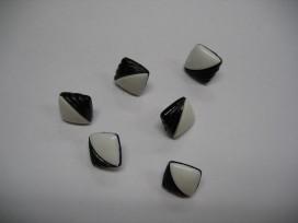 Zwart/witte kunststof knoop. 12 mm. doorsnee