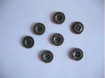 Oudzilver kleurige metalen jeansknoop. 12mm. doorsnee