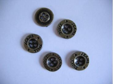 Oudgoud kleurige metalen jeansknoop. 15 mm. doorsnee.