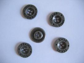 Oudzilver kleurige metalen jeansknoop. 18mm. doorsnee