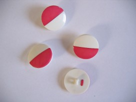 Pink/witte kunststof knoop. 23 mm. doorsnee.