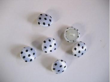 Stofknoop wit met zwarte stip. 15mm. doorsnee