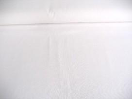 Witte katoen. 100% katoen 1.40 mtr.br.