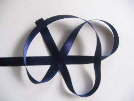 Satijnlint Donkerblauw 15mm.  225