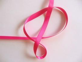Pinkkleurig satijnlint dubbelzijdig van 10 mm. breed.