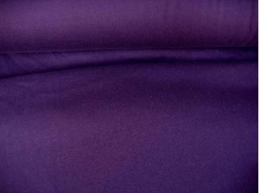 Donkerpaarse joggingstof. Deze sweatstof is ook een heel geschikte stof voor huispakken.  80%co/20%pe  1.50 mtr.br.  245 gram/m2