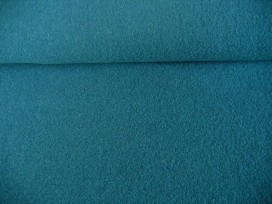 Mooie zware kwaliteit voorgekookte bouclé wolvilt.  Rafelt niet.  100% wol  1.45 mtr.br.  410gr/m2