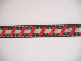 Sierband Zwart met rode zigzag en witte band   O-842