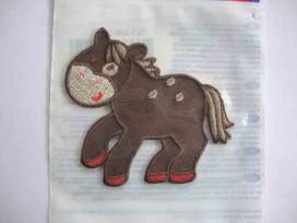 Hollandse applicatie Paard bruin
