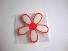 1am Bloem applicatie Wit/rood met rood hart 716
