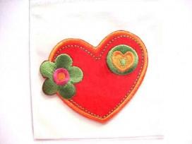 Hartjes applicatie Groot rood hart met bloem en hart
