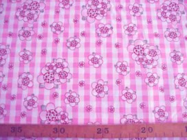 Rosa-Dotje Roze met BB ruit en bloem RD3