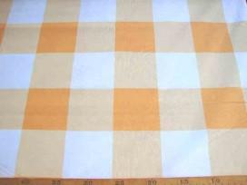 Lakenkatoen BB ruit Oranje 8 x 8 cm. 2.60 breed