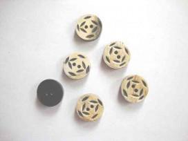Ronde bewerkte knoop van hoorn met een doorsnee van 15 mm.