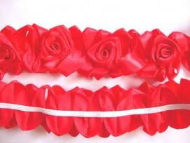 Satijnband met bloemen 50 mm. Rood