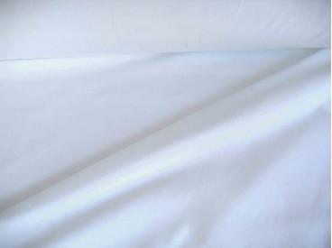 Witte viscose tricot.  92%visc./8%el.  1.60 mtr.br  225 gr/m²