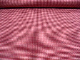 Een rode boerenbontruit van 3 x 3 mm. 100% katoen 1.45 mtr. br.