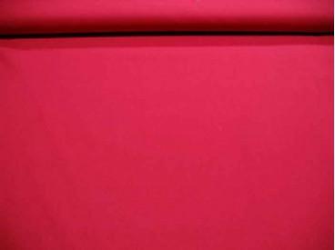 Een effen rode katoen die past bij de rode boerenbont ruiten, stippen en combi stoffen.  100% katoen  1.45 mtr.br.
