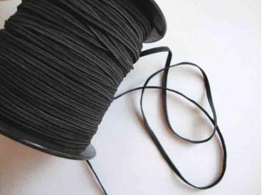 Zwart soutache elastiek van 3-3,5 mm. breed.