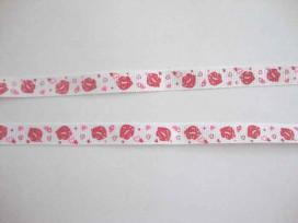 5b Ribsband Wit met rode lippen en hartjes 10mm. 052-66K