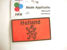 Een opstrijkbare applicatie van 5.5 x 9.5 cm.  Hollandse Leeuw applicatie