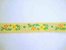 Sierband Bloem zachtgeel met geel/oranje bloem en schulprandje 20mm