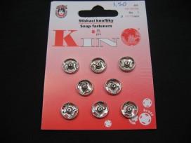 Zilveren drukknoop 10 mm.  8 Drukknopen op een kaartje.