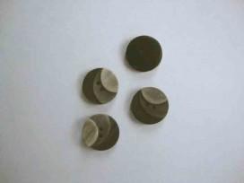 5n Kunststof knoop 3 kleurig Bruin 15mm. 3-15