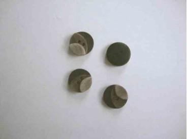5o Kunststof knoop 3 kleurig Bruin 12mm. 3-12