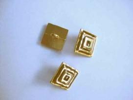 Damesknoop Sjiek metaal Vierkant goud/rood 15mm. dksm253