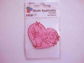 Hartjes applicatie Roze met bordeaux gestikte bloem