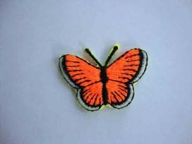 Een opstrijkbare vlinder applicatie van 3 x 2.5 cm. Neon oranje