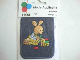Applicatie jeans met spelend konijn 7230H