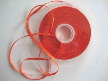 Oranje satijnlint dubbelzijdig van 3 mm. breed.