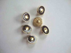 Damesknoop Sjiek Bruin/gouden cirkel 12mm. dks238