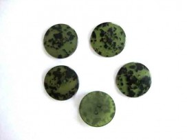 5x Kunststof opruimingsknoop Groen met zwarte vlek 20mm. 533-S7