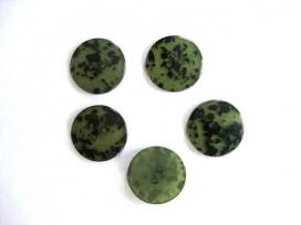 Kunststof 2 gaats knoop Groen met zwarte vlek 20mm. 533-S7