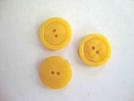 Kunststof knoop 2 gaats Geel 20mm. 545-S8