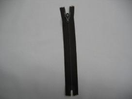Japonrits 25 cm. donkerbruin