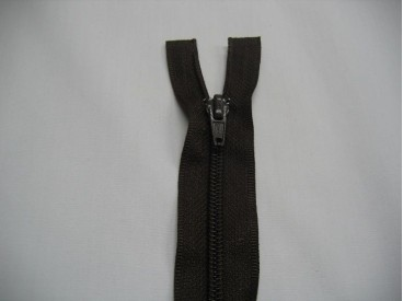 Donkerbruine deelbare fijne rits. 60 cm. lang