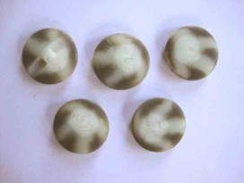 9s Serie knoop Creme/zwart/grijs gevlekt 25mm. sk907