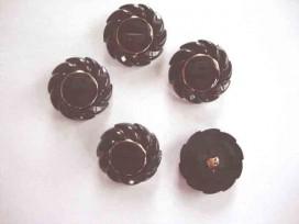 9h Serie knoop Zwart/gouden bloem 30mm. sk918