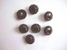 9f Serie knoop Zwart/gouden bloem 20mm. sk920