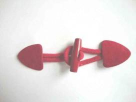 Rode opnaaibare houtje/touwtje sluiting. 15 x 4 cm.